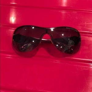 Marc Jacobs Black/pink sunglasses